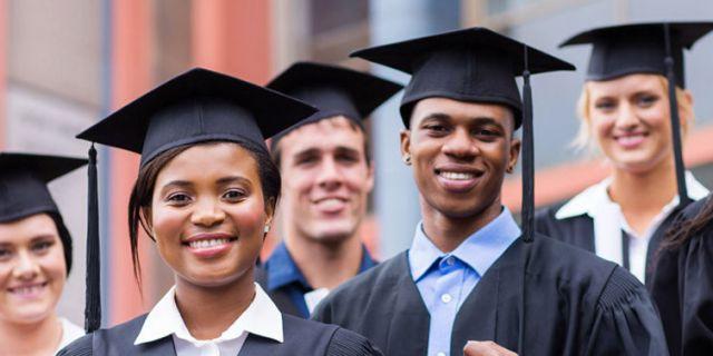 Graduates Header 02